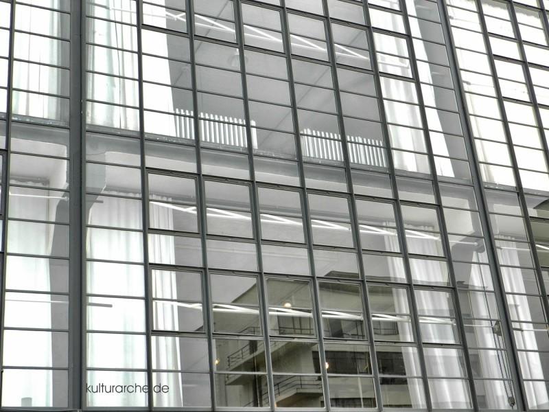 Bauhaus Glasfront